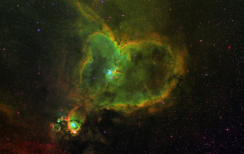 nebula-space-astro-photo-astronomy-sky-1420873